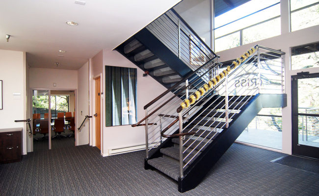 int-stair-1v2-2
