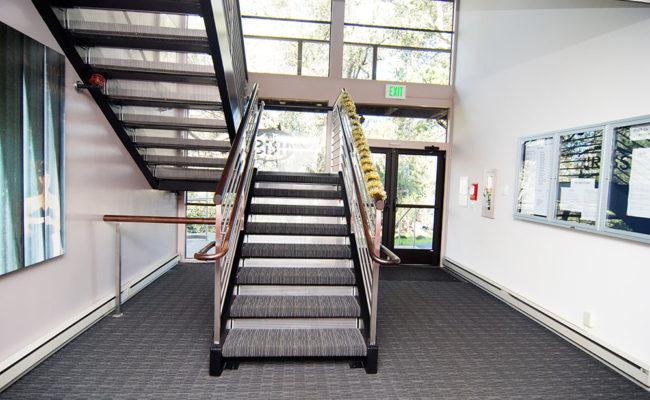 int-stair-2v2-2